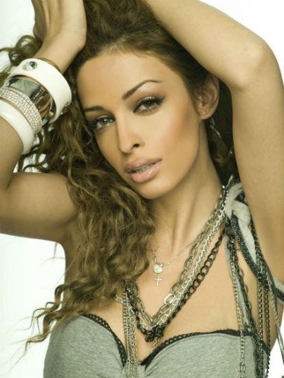 Eleni foureira biography diskografia