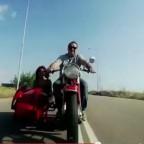 ti_na_mas_peis_vasilis_karras_stixoi_video_clip